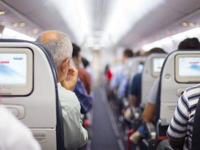 ۱۰ قانون معاشرت در سفر با هواپیماهای اقتصادی [اینفوگرافیک]