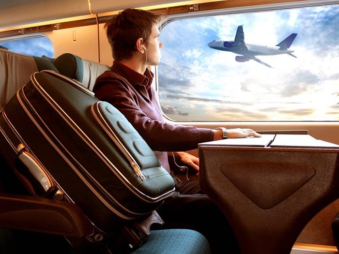 18 کاری که هرگز نباید در هواپیما انجام دهید